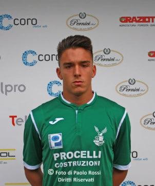 Nicholas De Carlo (17-18) - Centrocampista