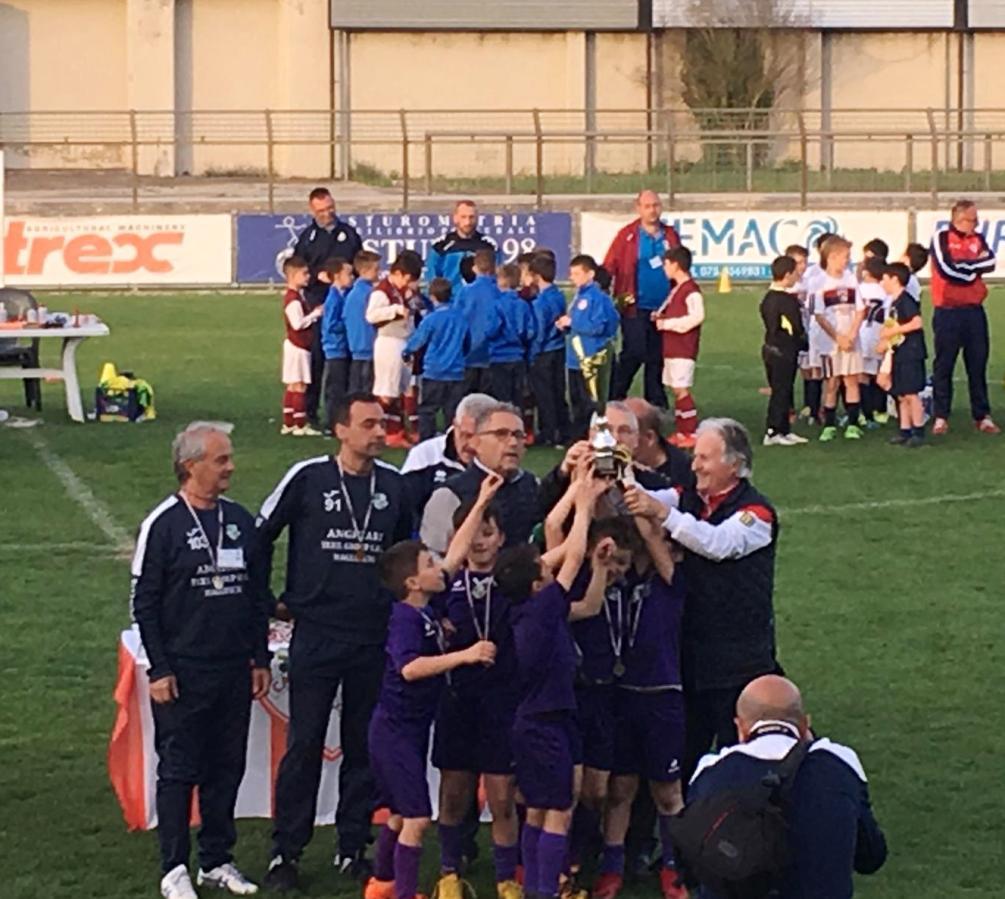 Settore giovanile, scuola calcio e Torneo di Anghiari