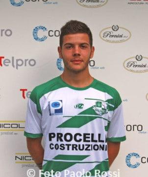 Claudio Torzoni (19/20) - Centrocampista